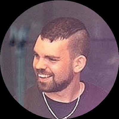 https://neuemusikschulelandau.de/wordpress/wp-content/uploads/2020/11/felix-langenmair_portrait-round_400.png